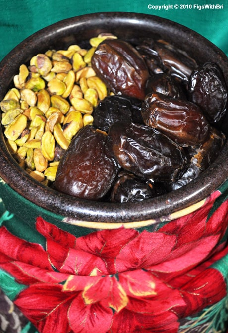 Chewy Medjool Dates & Roasted Pistachios