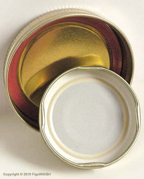 Canning jar lids must be clean without nicks